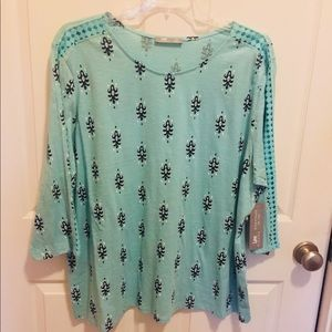 LEE Very comfy pull over shirt